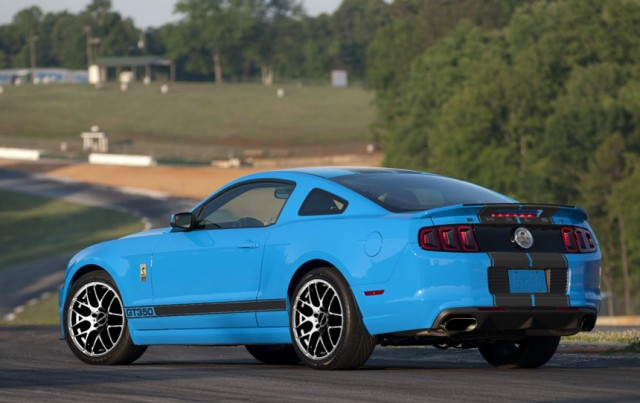 2013-shelby-gt350.jpg