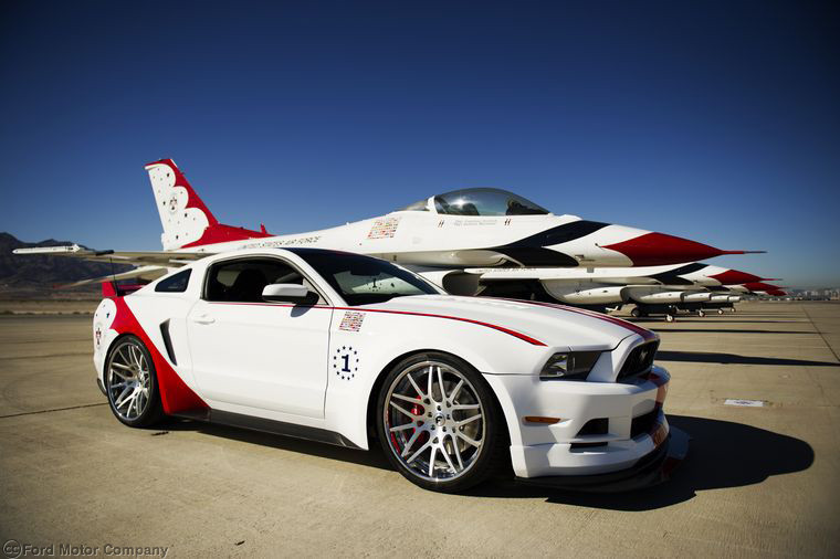 Fords Brand New Thunderbird 2014 Mustang is Stunning