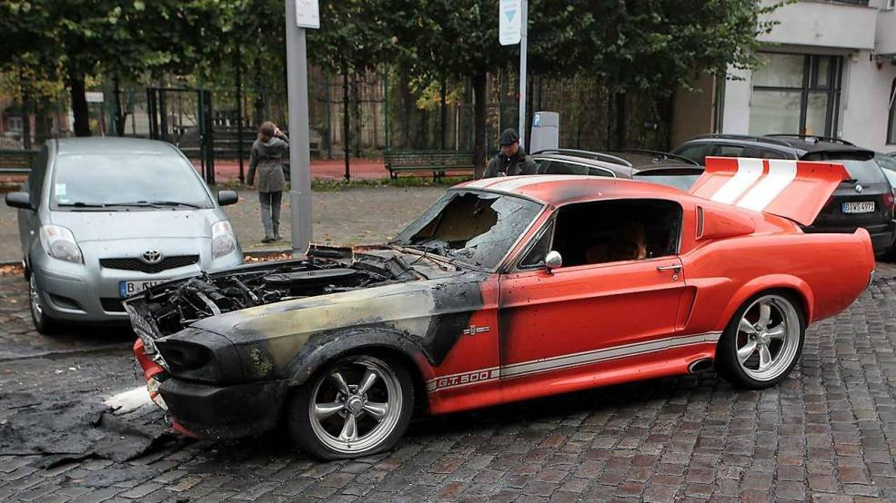 Burnt 1967 Mustang Shelby GT500