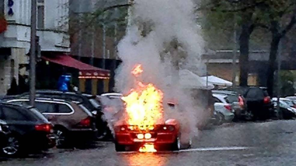 Mustang Shelby GT500 Catches Fire