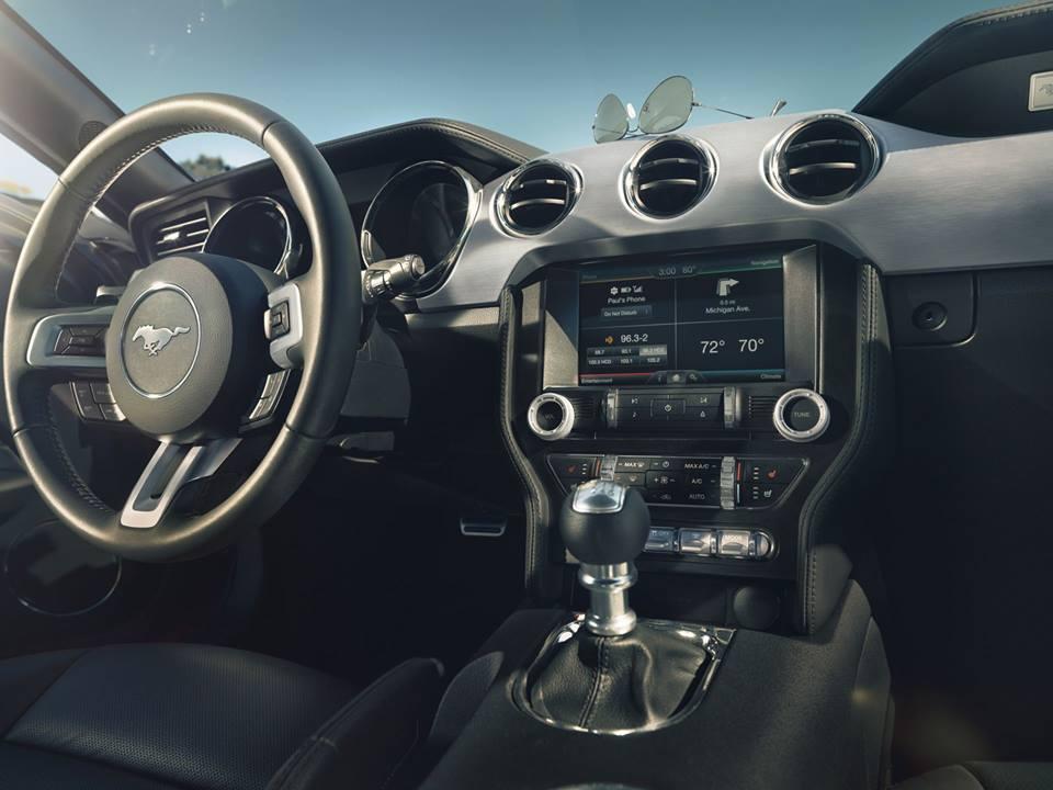 2015 Mustang GT Ford Interior Near Full Interior