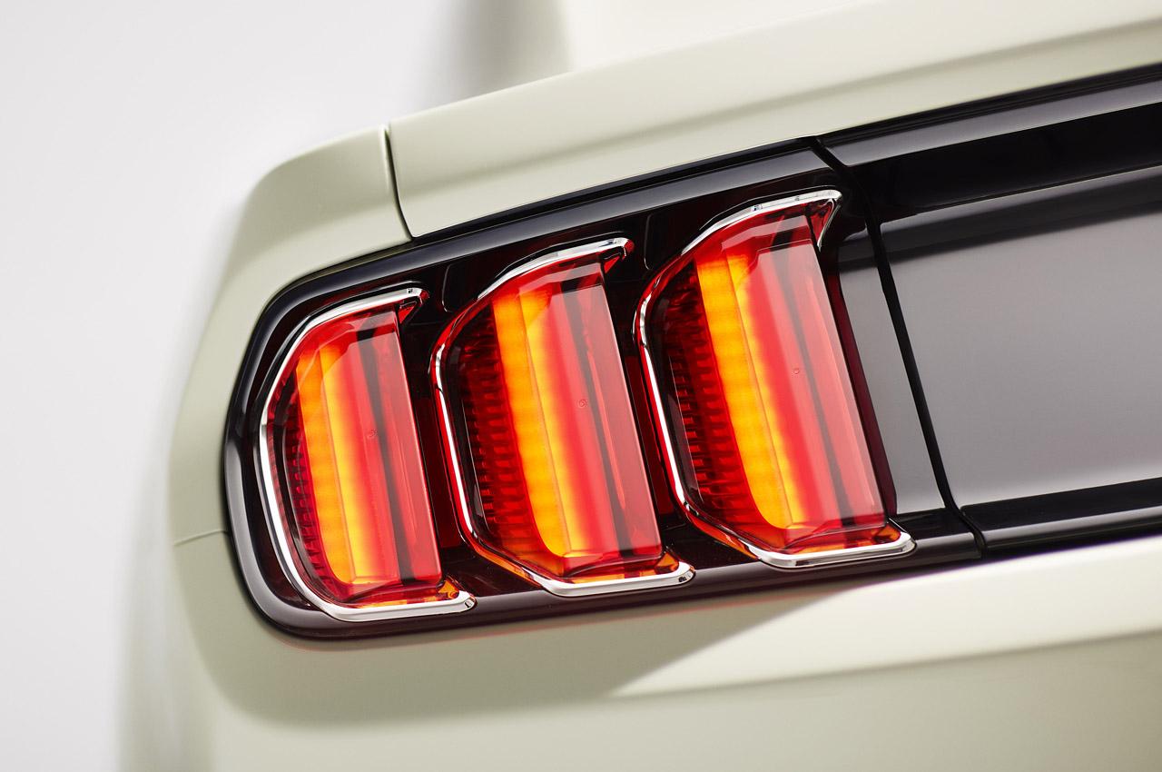 2015 mustang chrome tail light bezels car interior design. Black Bedroom Furniture Sets. Home Design Ideas