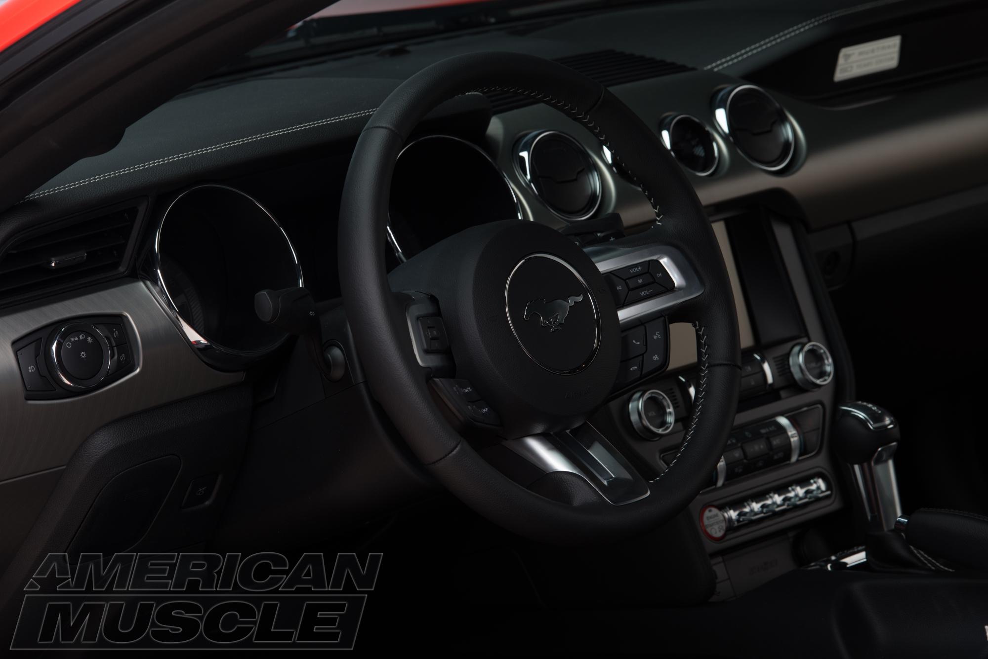2015 Mustang GT Interior Review